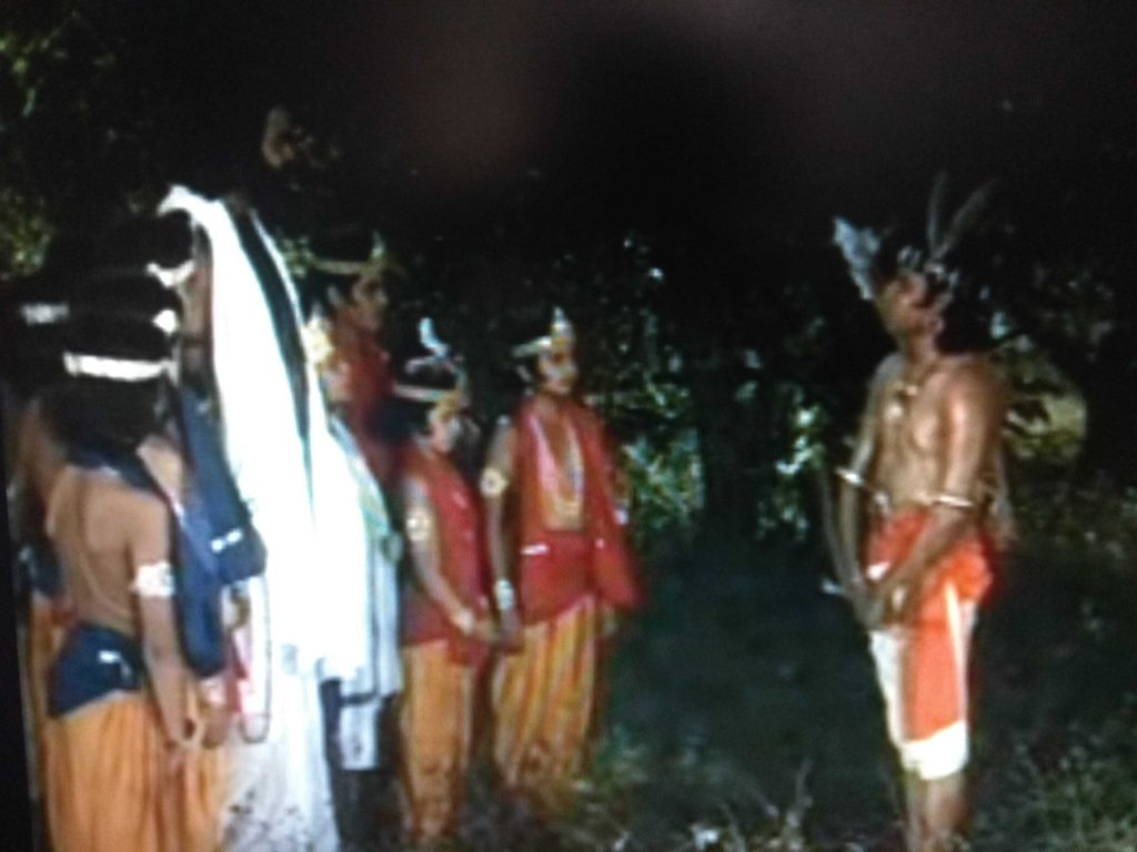 Disciple Eklavya-Guru Dronacharya story in Mahabharata