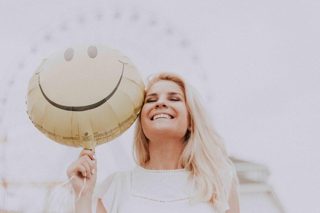 Woman enjoying his life.pic credit pexels.com