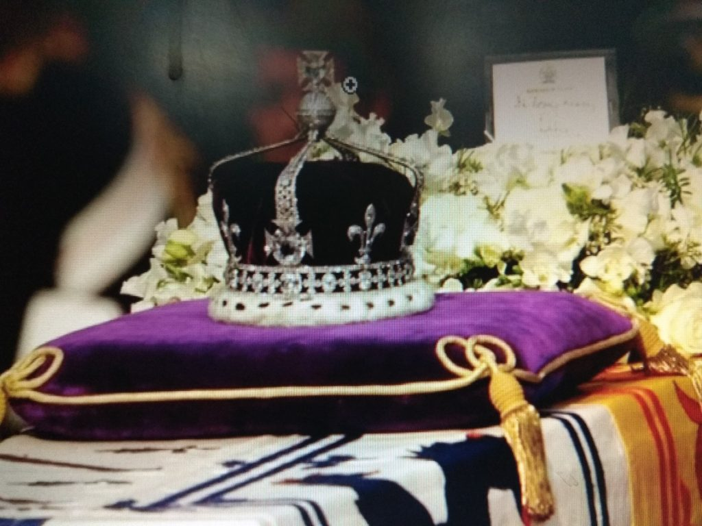 Kohinoor Diamond studded crown of Queen Elizabeth II.